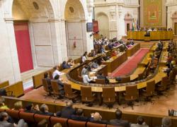 El Partido Popular pide en el Parlamento andaluz un cambio radical en la orientación de los Presupuestos de la Junta de Andalucía para 2013