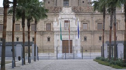 El Parlamento andaluz comienza esta tarde el debate final del proyecto de Ley de Presupuestos de la Comunidad Autónoma para 2013