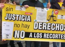 Los sindicatos CCOO y UGT se movilizan hoy en toda Andalucía para mostrar su rechazo a las últimas medidas de ajuste del Gobierno central y de la Junta