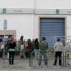 Los expromotores de empleo piden a la Junta de Andalucía trabajar a tiempo parcial para reforzar las oficinas y terminar con la saturación del SAE