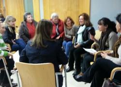 La Asociación de Mujeres María Coraje presenta ante las asociaciones de mujeres de Castilblanco de los Arroyos su proyecto Mujeres Ciudadanas