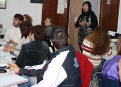 Quince vecinos de San Juan de Aznalfarache aprenden a buscar empleo por Internet dentro de la iniciativa 'Andalucía Compromiso Digital'
