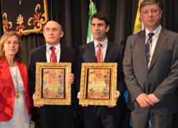 La localidad onubense de Palos de la Frontera impone las Medallas de Oro de la Ciudad para premiar la contribución de sus vecinos al desarrollo económico, social y cultural