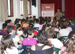 El Ayuntamiento sevillano de Los Palacios y Villafranca inicia una campaña para crear conciencia entre los escolares de la necesidad de reciclar