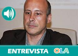 «Hay alternativas a la privación de libertad en los CIE contempladas en la propia legislación española, pero siempre se opta por las más perjudiciales para las personas» . Mikel Araguás (Andalucía Acoge)