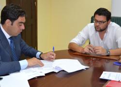 El Ayuntamiento del municipio sevillano de Guillena y la Asociación de Trabajadores Autónomos de Andalucía firman un convenio para potenciar y consolidar la cultura emprendedora