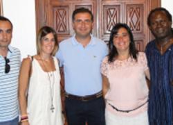 El Ayuntamiento de Moguer y la asociación Accem firman un convenio de colaboración para contribuir a la integración del colectivo inmigrante