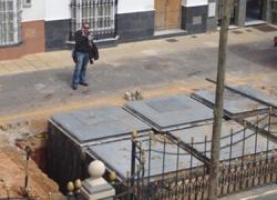El Ayuntamiento de la localidad gaditana de Chipiona tramita la colocación de más de treinta nuevas unidades de contenedores soterrados