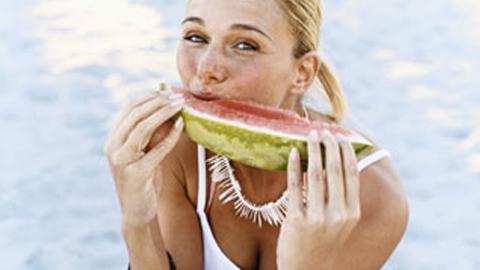 COAG Andalucía recomienda a la población el consumo de frutas y hortalizas frescas en verano al tratarse de alimentos fundamentales para la hidratación del cuerpo frente a las altas temperaturas