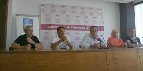 """Los comercios de la localidad gaditana de Chiclana celebrarán una """"Noche en Blanco"""" el próximo 24 de agosto"""