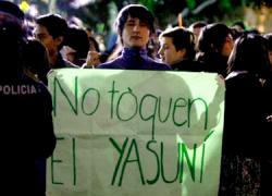 En Ecuador plantean realizar una consulta previa a los indígenas para decidir la explotación de petróleo en la zona natural del Yasuni