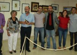 La exposición «Técnicas y procedimientos artísticos en pintura y fotografía» se muestra en la localidad cordobesa de Almedinilla durante toda la semana