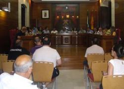 Los trabajadores municipales de la localidad almeriense de Vera mantendrán sus plazas tras la aprobación del nuevo convenio en el pleno municipal