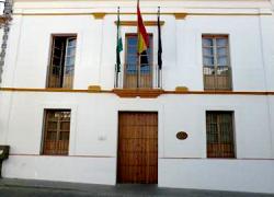 El Ayuntamiento del municipio sevillano de Castilblanco de los Arroyos formalizará la semana que viene las primeras contrataciones desde que abriera la Bolsa de Empleo Municipal en agosto