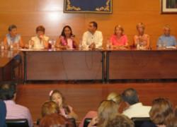 Las mujeres onubenses de Moguer y Mazagón impulsan una nueva edición de su calendario anual de actividades con medio centenar de propuestas