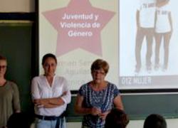 La localidad onubense de Moguer organiza en sus centros educativos unos talleres sobre igualdad para concienciar sobre la violencia machista entre jóvenes