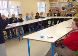 El municipio malagueño de Manilva organiza mediante su delegación de Bienestar Social, un taller de memoria destinado a personas mayores
