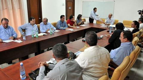 En Colombia, las Farc y el gobierno reanudan las negociaciones con el compromiso de avanzar con rapidez