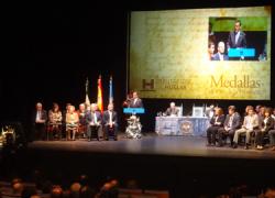 Las asociaciones onubenses dedicadas a la recuperación de la memoria histórica reciben la Medalla de Oro de la Provincia de Huelva