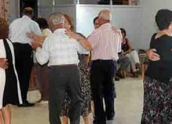 Deporte, cultura, turismo y comidas de convivencia forman parte del catálogo de actividades que presenta la localidad cordobesa de Iznájar en su Semana de la Tercera Edad