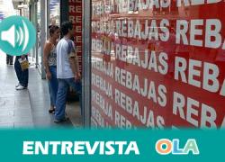 «Vamos a controlar que los productos de rebajas estén a la venta previamente, que se ha disminuido el precio y no la calidad y que las condiciones de venta son las mismas», Angélica González, jefa de servicio de Consumo en Cádiz