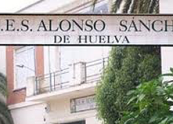 """El IES Alonso Sánchez de Huelva obtiene la victoria en el concurso de EMA-RTV """"Ponte al día, lee prensa"""" para la mejora de la alfabetización mediática en los institutos andaluces"""