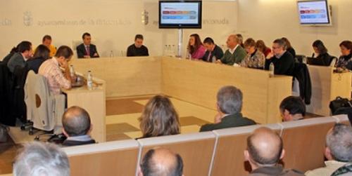 El municipio sevillano de La Rinconada pone en marcha un plan para adecentar las viviendas con el objetivo de dinamizar el sector de la construcción
