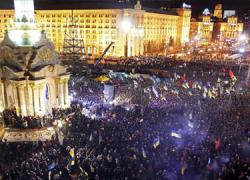 Acuerdo en Ucrania entre el presidente de Ucrania, Viktor Yanukovich, y los líderes de la oposición, que contempla elecciones anticipadas en diciembre
