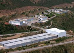 Los empresarios del municipio cordobés de Fuente Obejuna, localidad del entorno inmediato del cementerio nuclear 'El Cabril', se oponen a su ampliación