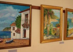 San Juan de Aznalfarache inaugura la muestra de pintura «Amparo Zurita» como ejemplo del interés cultural de la localidad y dentro de las actividades del 8 de marzo