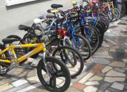 La Fiesta de la Bicicleta se celebra este fin de semana en Morón de la Frontera con el objetivo de sensibilizar sobre los beneficios que aporta su uso en materia medioambiental, de movilidad geográfica y de hábitos saludables de vida