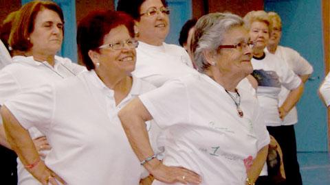 Cerca de 600 personas mayores de 55 años de nueve localidades participan de forma activa en el I Encuentro Deportivo para Mayores del Bajo Guadalquivir