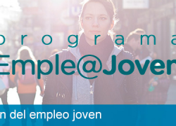 El director del IAJ, Raúl Perales, informa en Cantillana sobre el programa Emple@joven y @emprende+ que tienen por objetivo fomentar el empleo juvenil y dar facilidades a emprendedores y emprendedoras jóvenes
