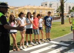 San Juan del Puerto inaugura un parque vial infantil para que puedan hacer prácticas los niños y niñas que reciban las charlas de Educación Vial impartida por la Policia Local en los colegios