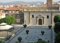 Huétor Tájar programa para los vecinos y vecinas con menos recursos hasta siete viajes de verano a destinos como Nerja o parques temáticos de Madrid y Sevilla