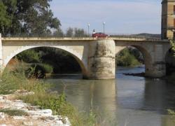 Puente Genil urbaniza el paseo fluvial gracias a las obras del Programa de Fomento del Empleo Agrario 2014 que generarán la contratación de 585 desempleados y desempleadas del municipio