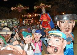 Palos de la Frontera se prepara para sus Fiestas Patronales con un variado programa de actos donde hay cabida para la música, el baile, exposiciones fotográficas, desfile de cabezudos e incluso una fiesta acuática