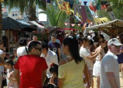 La IFeria Artesanal de Los Palacios y Villafranca es la carta de presentación de la nueva Asociación CulturalExpocultunova para poner en valor los productos artesanales locales