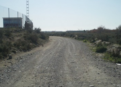 """Comienzan en Vera las obras de dos nuevas fases para la mejora del camino rural Cañada de la Cruz-Loma Soler como parte del programa """"Encamina2"""" y del Plan de Choque por el Empleo"""