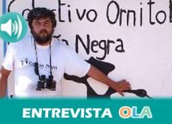 """""""El Estrecho es el mejor sitio para avistar aves ya que es el lugar en el que el Mediterráneo se hace más pequeño y el punto más al sur de Europa"""", Francisco Montoya, coordinador de Proyectos en el Colectivo Ornitológico Cigüeña Negra"""