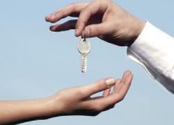 Ocho familias de Nueva Carteya consiguen alquileres sociales en viviendas públicas tras una inversión de 454.000 euros por parte de la Junta de Andalucía