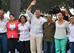 El presidente ecuatoriano Rafael Correa presenta un paquete de reformas al Código Laboral y recuerda que en Ecuador la tasa de desempleo ha llegado a mínimos históricos