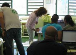 Las personas con enfermedad mental de Sanlúcar de Barrameda podrán participar en talleres de informática gracias al convenio entre la Asociación de Familiares y Personas con Enfermedad mental y Fomento