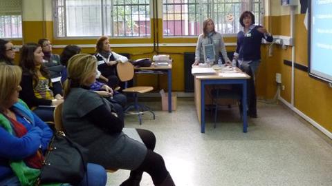 El centro de adultos del Polígono Sur de Sevilla cumple 35 años y lo celebra con una jornada de puertas abiertas donde se incluye la presentación de un documental sobre la historia de este centro formativo