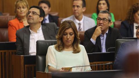 Susana Díaz no recibe el apoyo suficiente para su investidura como presidenta de la Junta en la segunda votación en el Parlamento de Andalucía al obtener solo el apoyo de los diputados y diputadas socialistas