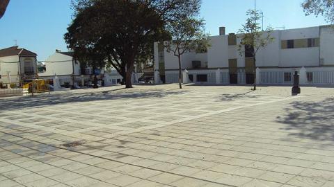 La ciudadanía de Castilblanco de los Arroyos ya puede disfrutar de las nuevas instalaciones de la Plaza Luis Braille gracias al compromiso de recuperar y poner en valor aquellos espacios públicos en desuso