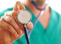 Los vecinos y vecinas de Torrox cuentan con un Plan de Salud para dar mayor cobertura sanitaria a través de planes específicos y cubrir así las desigualdades entre algunos sectores de la población