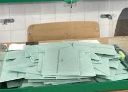 Los líderes de los partidos andaluces comienzan a votar en esta jornada de elecciones municipales