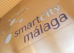 Torrox se convierte en 'Smart City', un proyecto piloto de ciudad inteligente que permitirá un ahorro aproximado del 25% de energía además de distintas mejoras en la gestión de la localidad malagueña