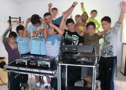 Clausurados en el municipio cordobés de Hornachuelos, los talleres de DJ y radio para aficionados destinados a la población joven con un balance positivo por parte de las personas participantes